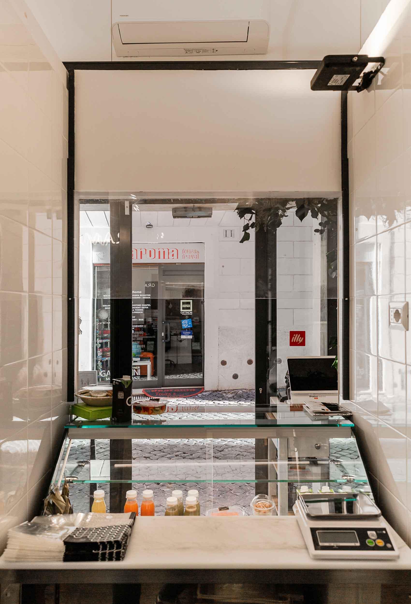 architettura-interni-negozio-roma12