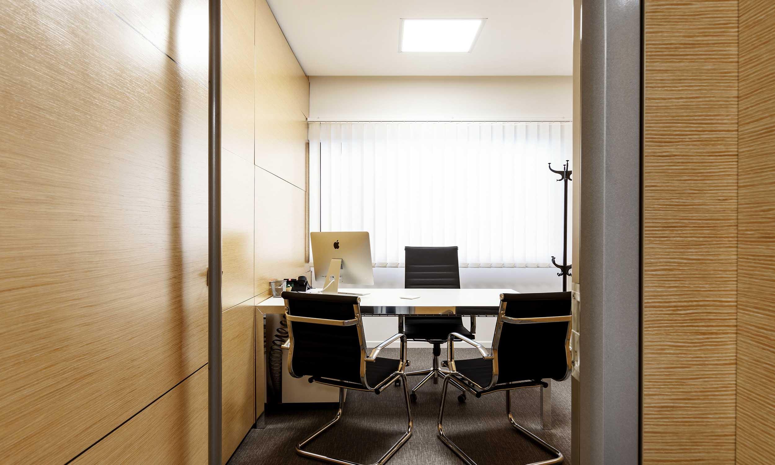 office-design-idee-come-arredare-ufficio-studio-architettura-interior-design-roma2