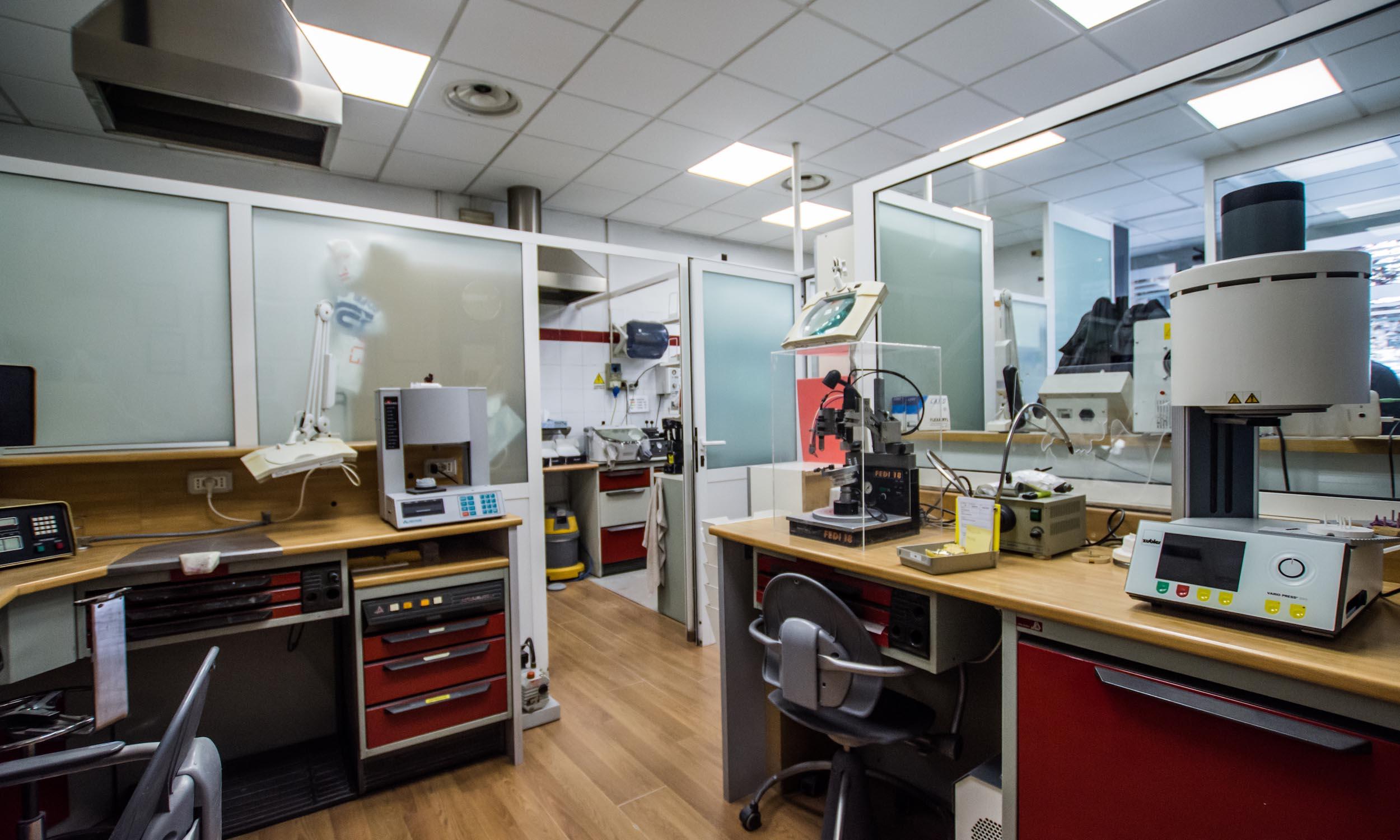 Studio-architettura-interior-design-per-uffici-e-studi-odontoiatrici-roma-12